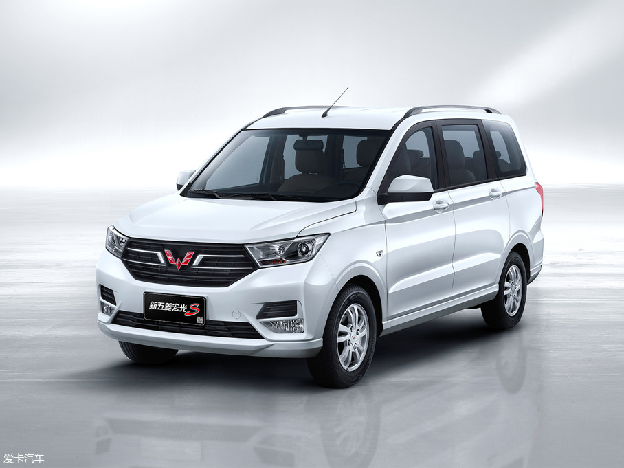 2019款五菱宏光S 1.5L 手动基本型