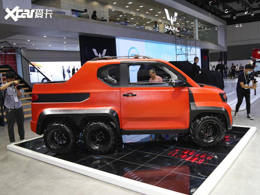 上汽五菱宏光_成都车展:宏光MINI EV特别版正式亮相-爱卡汽车