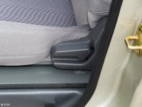 空间座椅五菱之光座椅调节