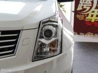 细节外观凯迪拉克SRX头灯