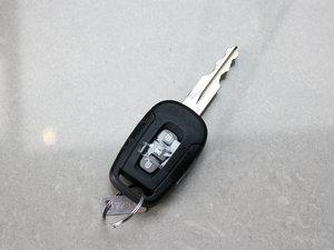 2011款2.4L 7座自动豪华导航版 钥匙