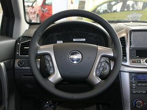 2011款2.4L 7座自动豪华导航版 方向盘