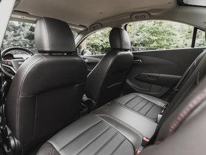 2014款Rs Sedan 空间座椅