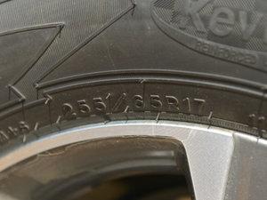 2017款3.6L Z71 MidNight 幻影版 轮胎尺寸