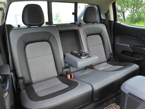 2017款3.6L Z71 MidNight 幻影版 空间座椅