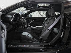 2017款RS 前排空间