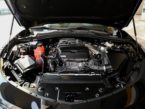 2017款RS 发动机