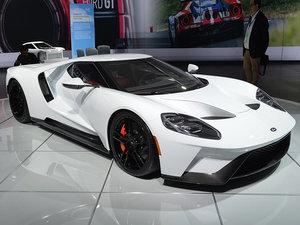 2017款3.5T V6 整体外观