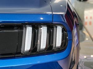 2017款2.3T 性能版 尾灯