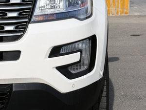 2017款2.3T EcoBoost精英版 雾灯
