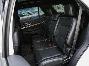 2017款2.3T EcoBoost精英版 后排座椅