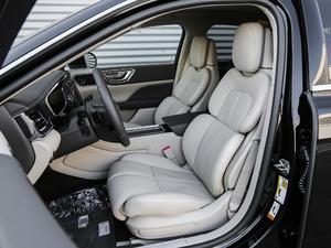 2018款2.0T 两驱尊耀版 前排座椅
