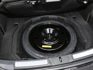 2018款2.0T 两驱尊耀版 备胎