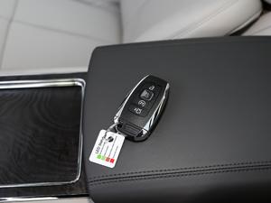 2018款2.0T 两驱尊耀版 钥匙