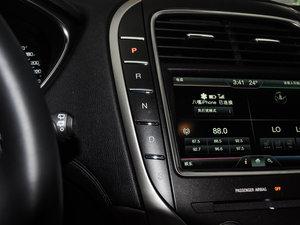 2015款2.7T 四驱尊耀版 变速挡杆