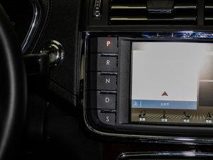 2017款2.0T 两驱尊耀版 变速挡杆