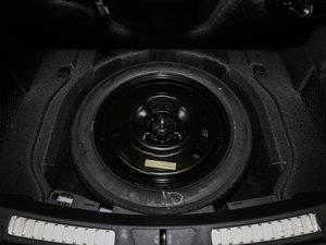 2017款2.0T 两驱尊耀版 备胎