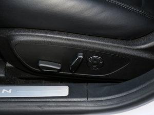 2017款2.0L 前驱尊耀版 座椅调节