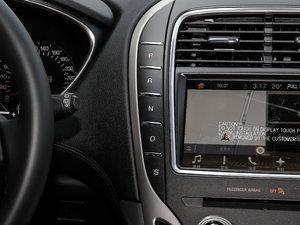 2017款2.0T 四驱尊雅版 变速挡杆