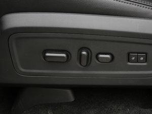 2017款3.5T AWD 座椅调节