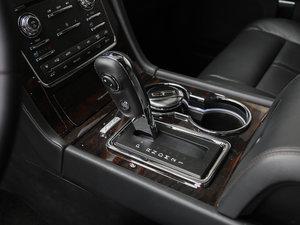 2017款3.5T AWD 变速挡杆