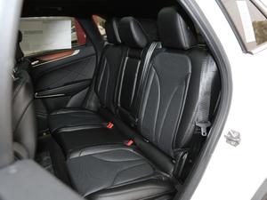 2019款2.0T 两驱尊雅版 后排座椅