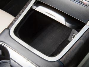 2019款2.7T 四驱尊耀版 国VI 空间座椅