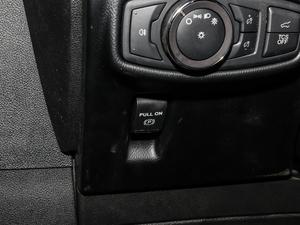 2019款2.0T 两驱尊享版 国VI 驻车制动器
