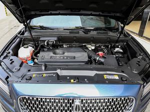 2019款2.0T 两驱尊享版 国VI 发动机