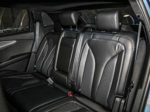 2019款2.0T 四驱尊雅版 国VI 后排座椅