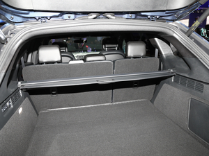 2019款2.7T 四驱尊耀版 国V 空间座椅