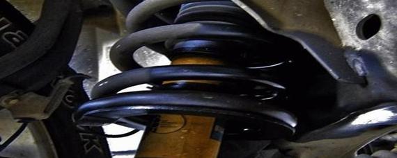 汽车冷知识:减震器漏油到什么程度更换