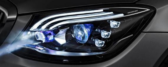 汽车冷知识:奔驰大灯有雾气原因是什么