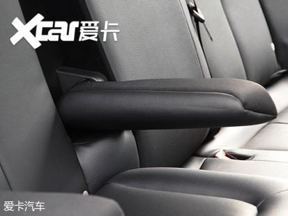 一体式儿童安全座椅