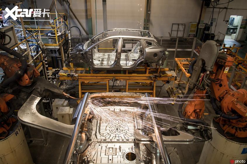 东风乘用车生产车间
