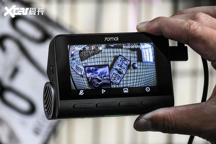 测70迈4K智能记录仪A800