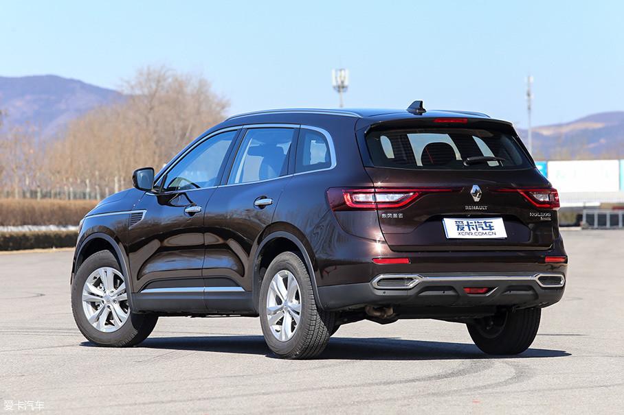 """随着本次科雷傲的换代,新车价格也得到进一步下调,其定价已经完全""""侵入""""到紧凑级SUV战事正酣的价格区间。"""