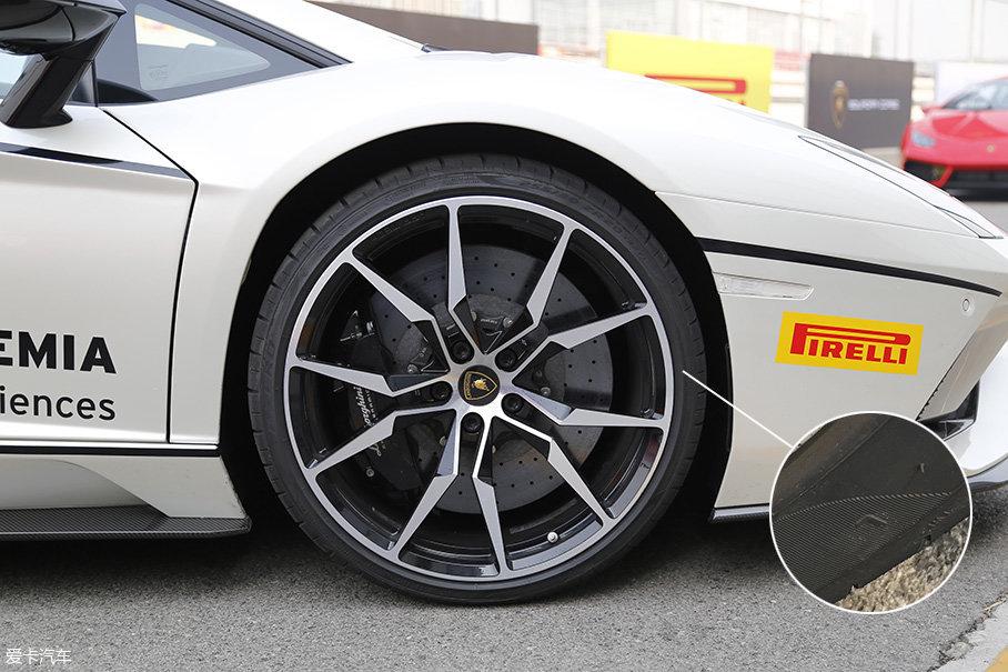 兰博基尼2017款Aventador