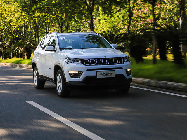 试新Jeep指南者1.4T+9AT+4驱