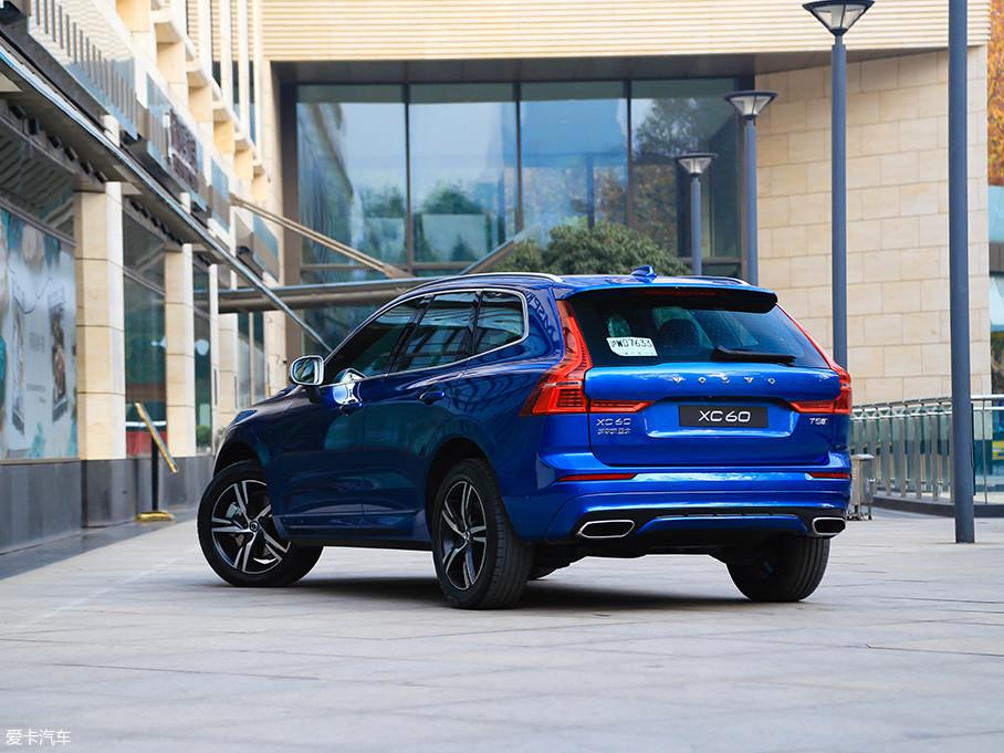 作为车头迎风面积不小的SUV,全新一代XC60风阻系数能做0.32是挺不错的。除了风阻低,应用SPA可扩展模块架构的全新一代XC60车身刚性也更高,被动安全更进一步。