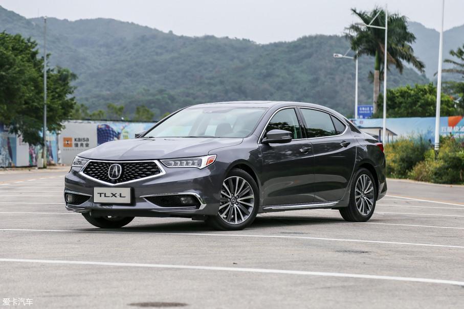 """外观设计方面,ALL NEW TLX-L彻底摆脱了""""本田式""""的造型,讴歌""""Acura Precision Concept""""家族设计理念赋予了其全新的灵魂,在""""精确美学""""的指引下,新车被打造成了一件工艺品。"""