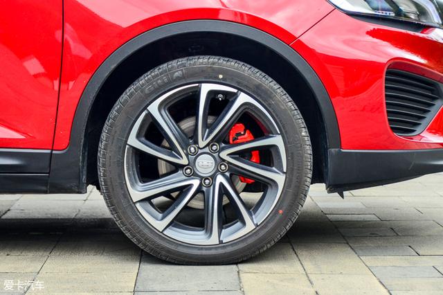 动力小幅度提升 试驾吉利帝豪GS 1.4T