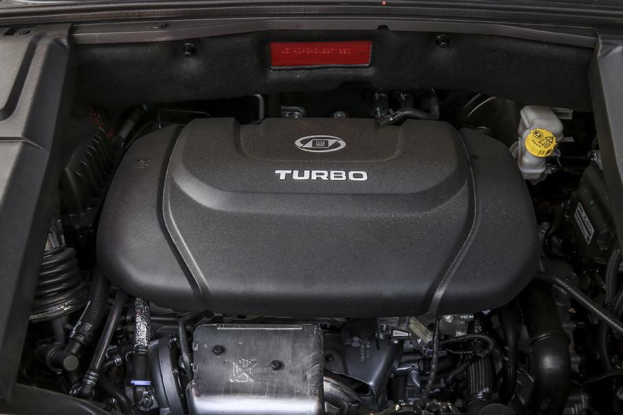 目前2019款宝骏530仅公布了1.5T发动机,这款由上汽通用五菱自主研发的发动机,最大功率111kW(151Ps),最大扭矩250Nm/1600-3800rpm。