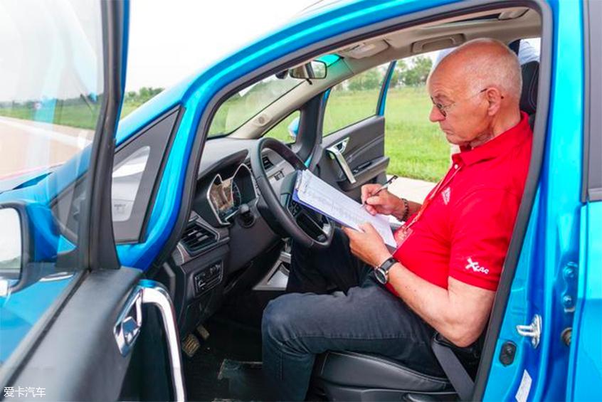 中国品牌车型评选:车机测试