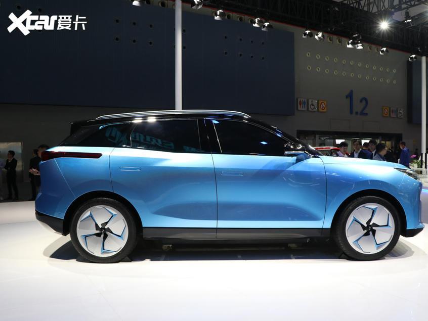 一汽奔腾2020款奔腾C105