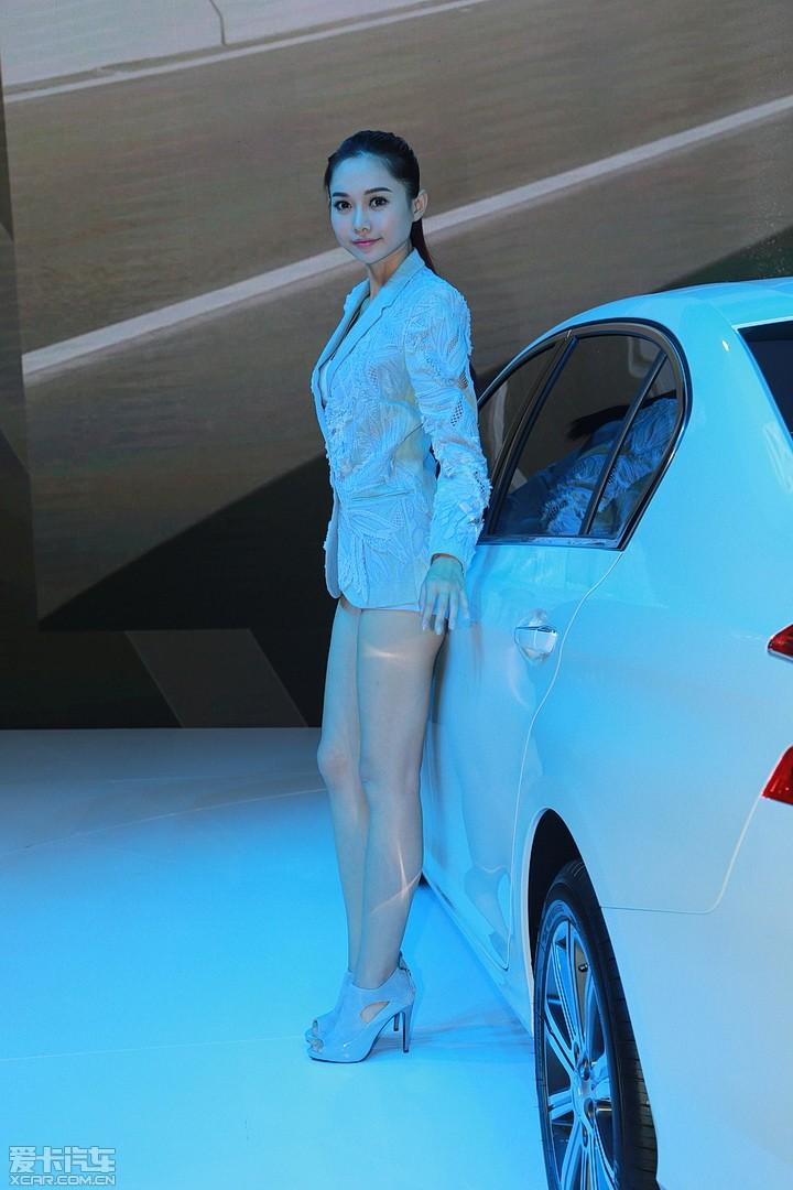爱卡首页 2014年北京车展 车展车模 标致车模 东风标致车模  分享 26