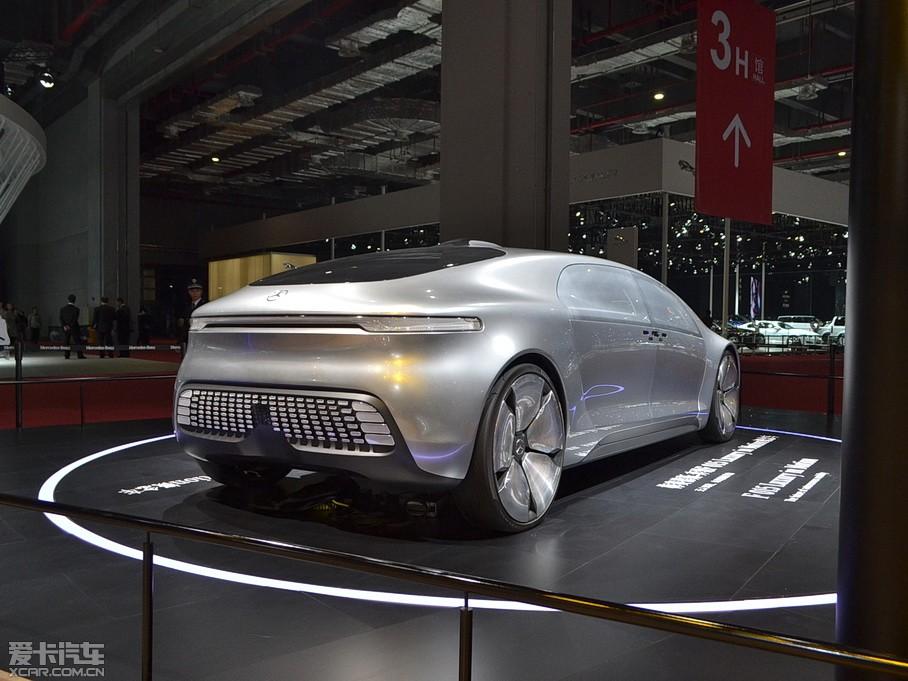 奔驰f015概念车手绘图