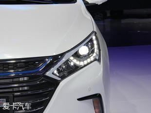 比亚迪汽车2016款秦100