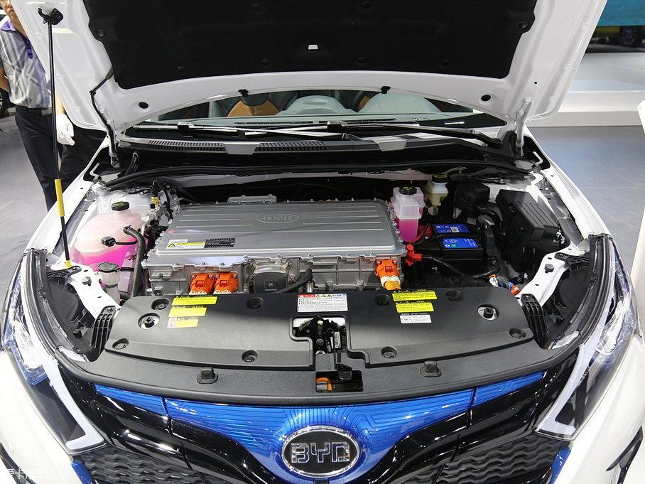 比亚迪汽车2016款秦EV