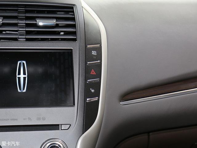 推荐前驱尊享版 林肯MKC全系购车手册 -林肯MKC配置差异分析及车